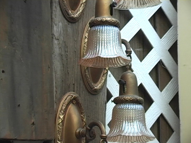 <H3>Wall Sconces</H3>